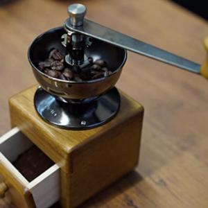 Hario Small Coffee Grinder_2 Ashcoffee